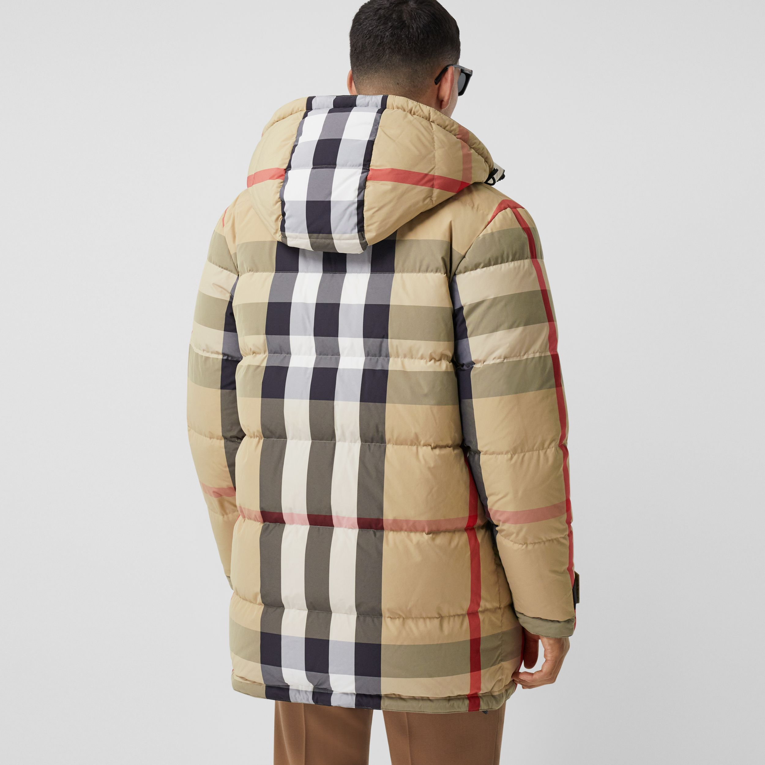 Reversible Check Recycled Nylon Puffer Jacket in Archive Beige/olive - Men | Burberry Hong Kong S.A.R. - 3