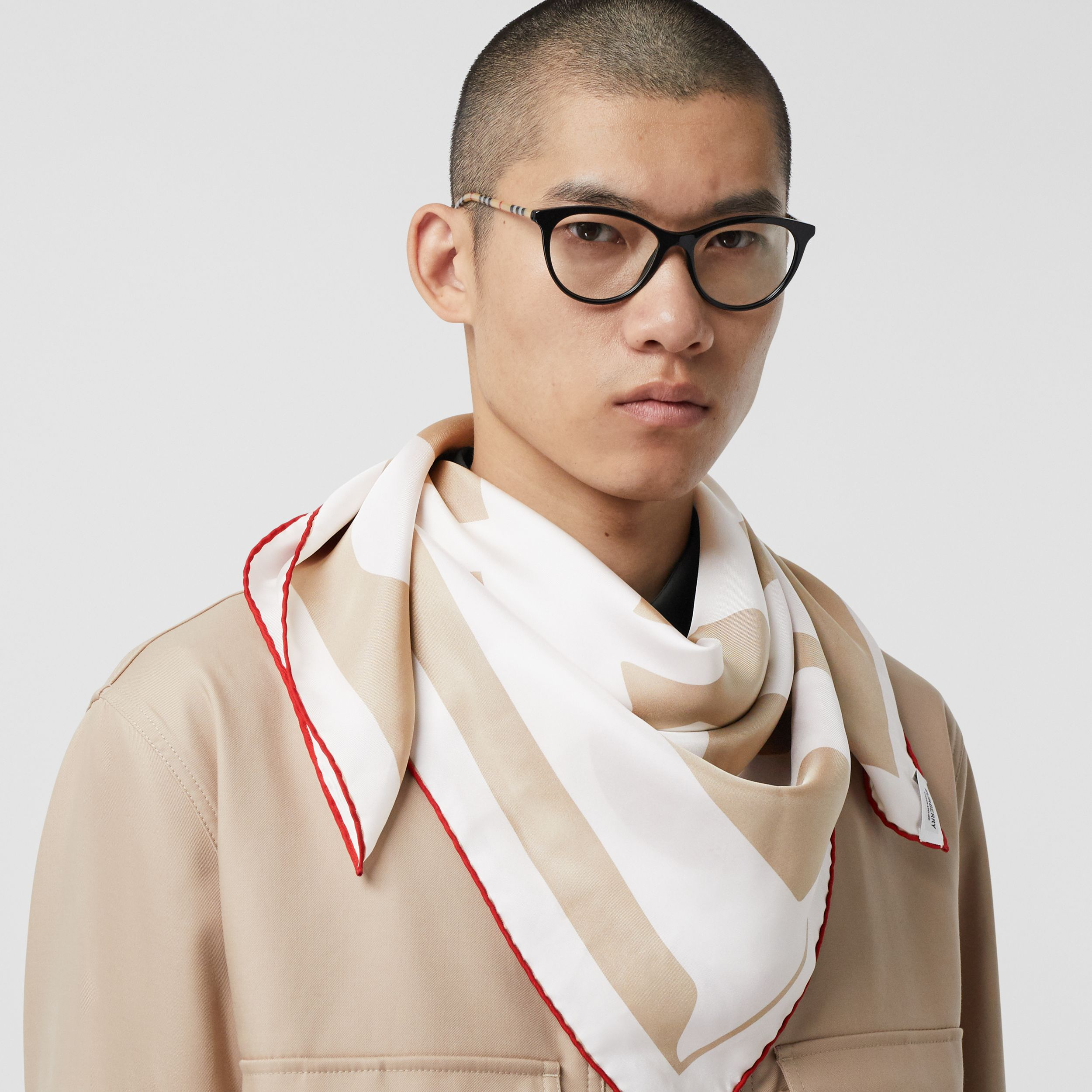 Archive Logo Print Silk Square Scarf in Burgundy/beige | Burberry Hong Kong S.A.R. - 4