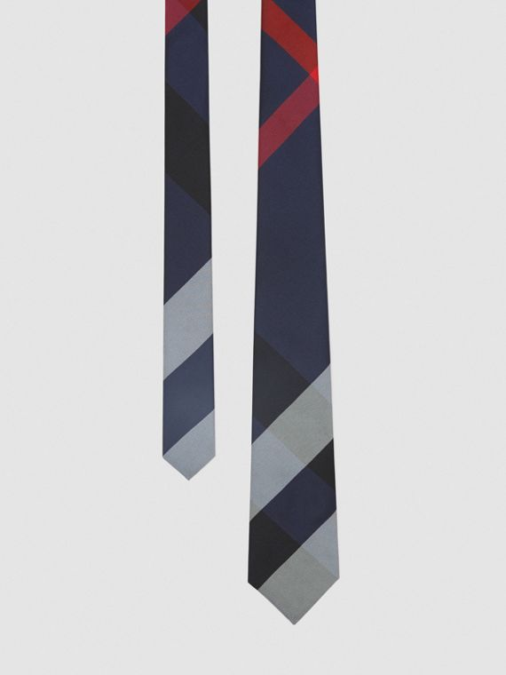 Modern Cut Oversized Check Silk Tie in Navy