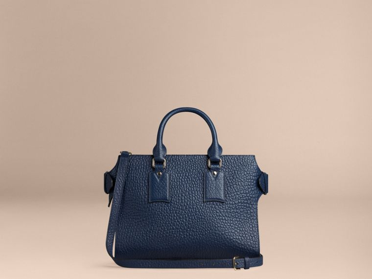 Bleu carbone Sac medium The Clifton en cuir grainé emblématique Bleu Carbone - cell image 4