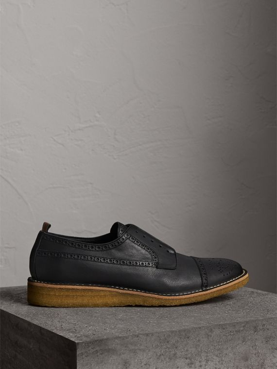 Brogue in pelle con cucitura in punta in rilievo (Nero) - Uomo | Burberry - cell image 3