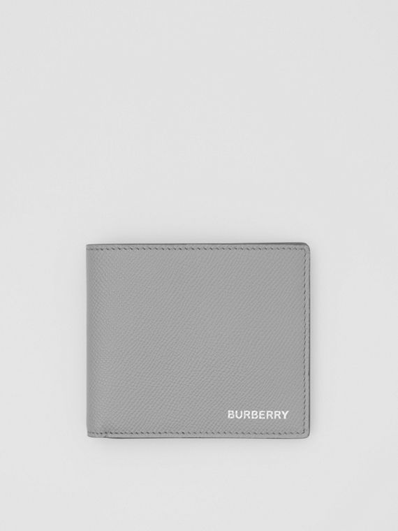 Grainy Leather International Bifold Wallet in Cloud Grey