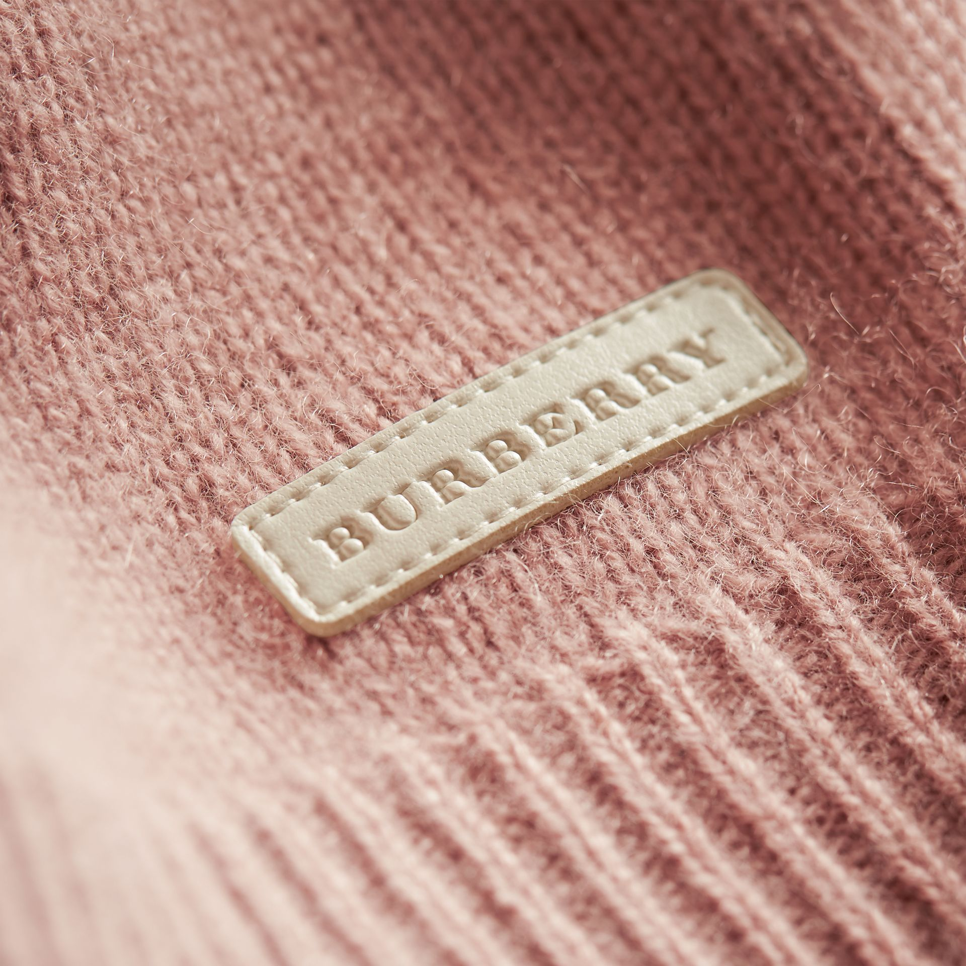 Cashmere Two-piece Baby Gift Set in Dusty Pink | Burberry - gallery image 2