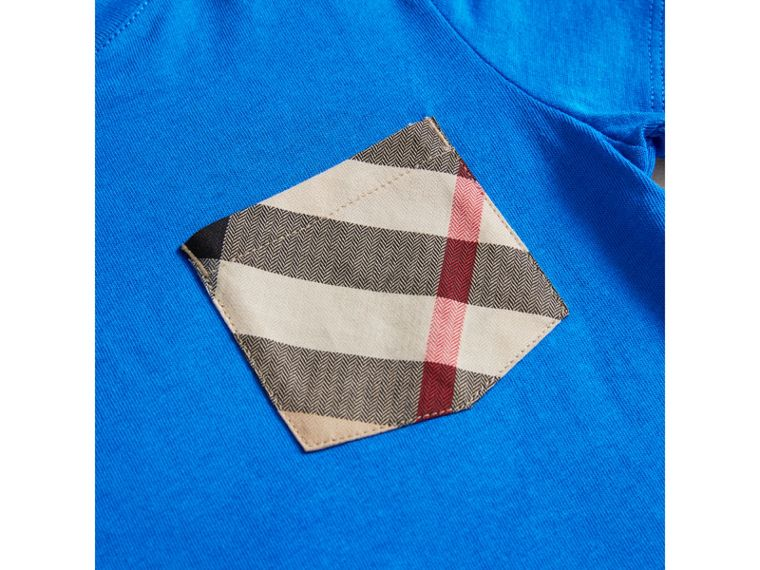 Check Pocket Cotton T-shirt in Cobalt Blue | Burberry - cell image 1