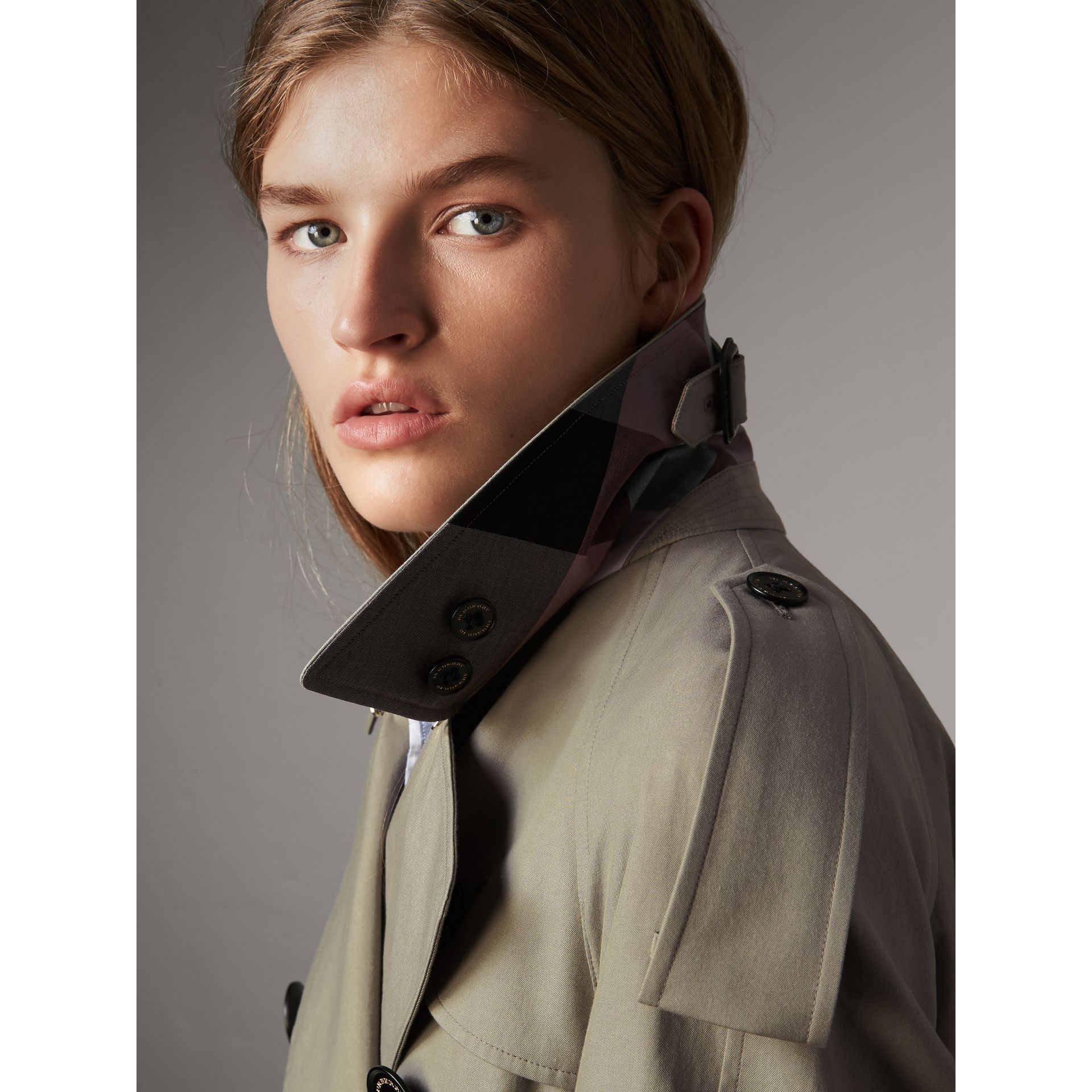 Tropical Gabardine Trench Coat in Slate Green - Women | Burberry - gallery image 2