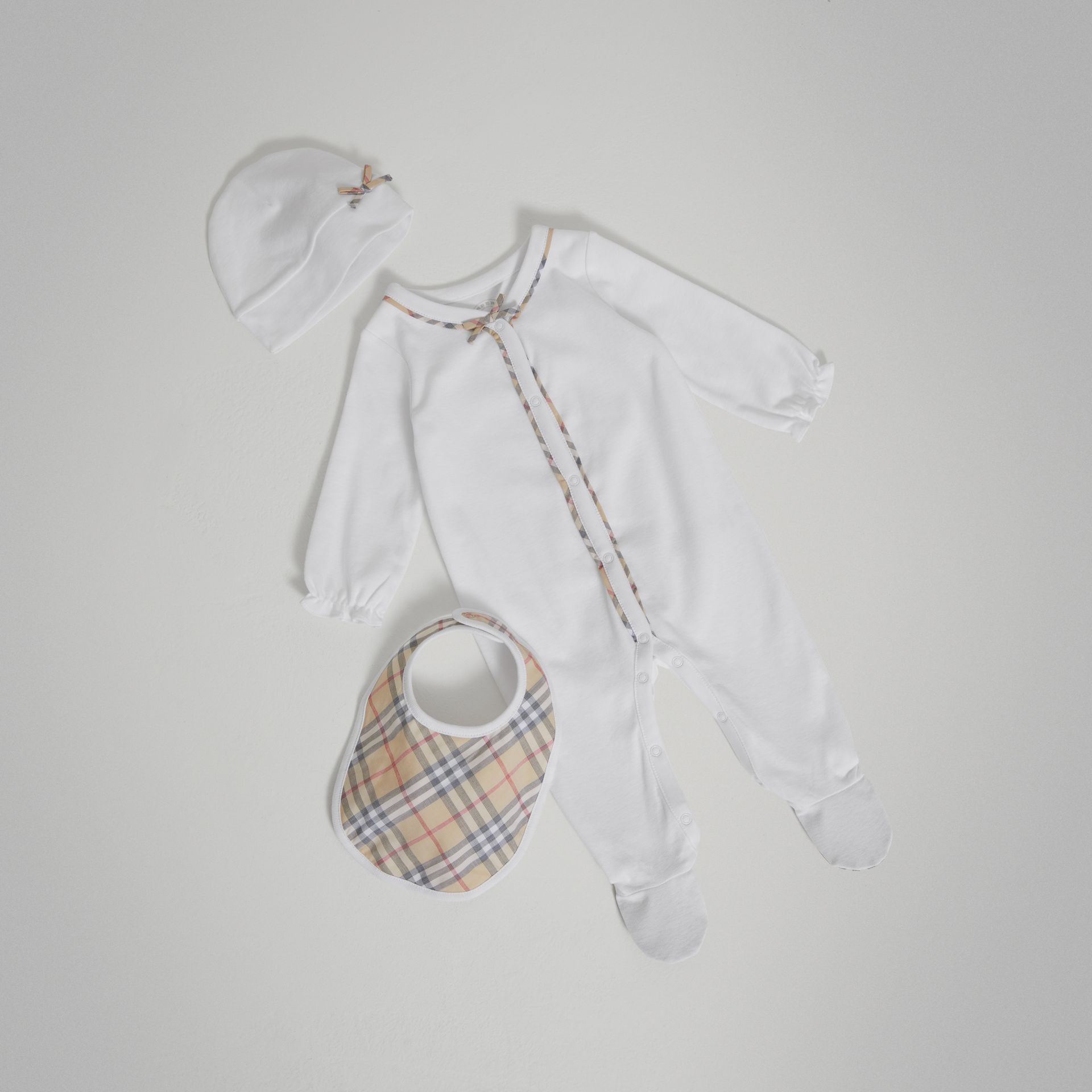 Check Cotton Three-piece Baby Gift Set in White - Girl | Burberry United States - gallery image 0