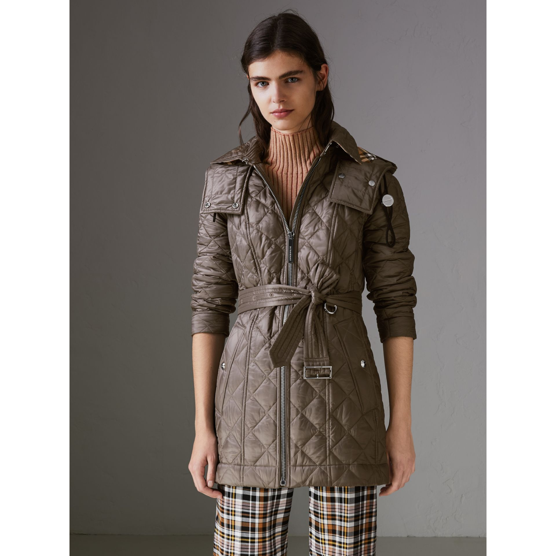 Detachable Hood Lightweight Diamond Quilted Coat in Mink Grey - Women | Burberry - gallery image 5