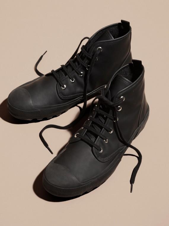 Nero Stivali con lacci in pelle gommata - cell image 3