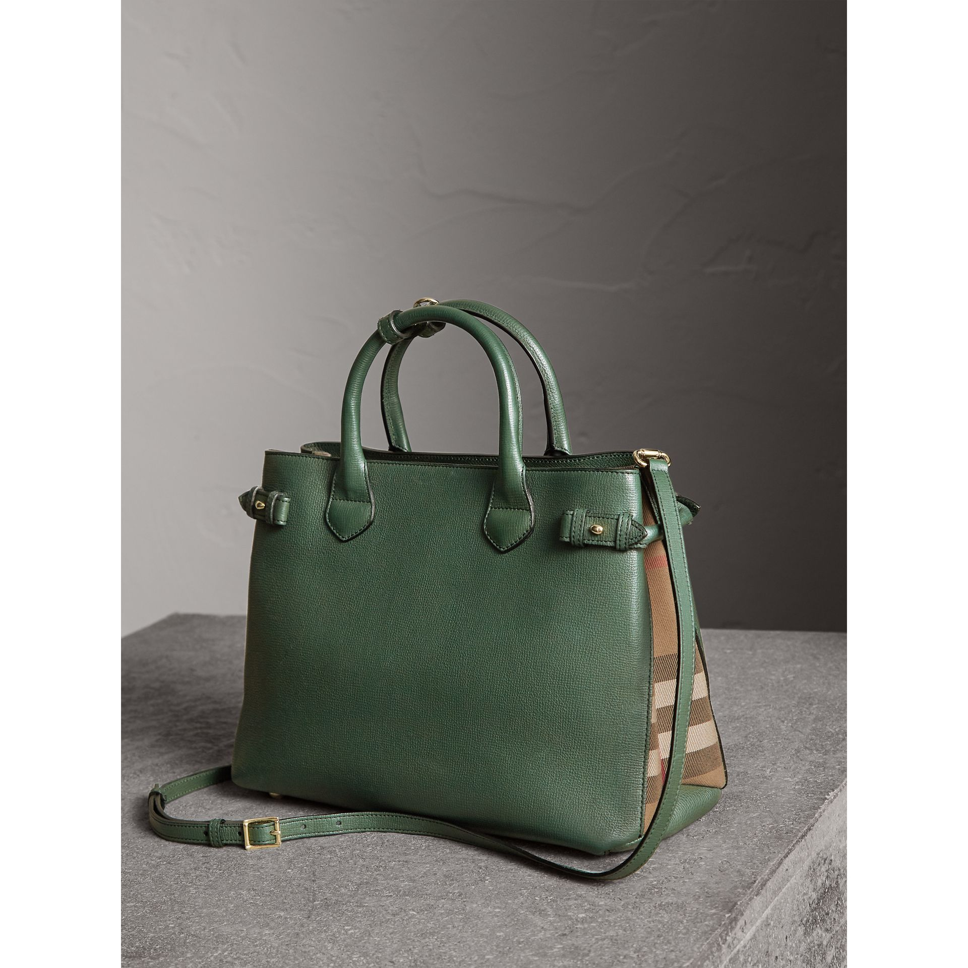 The Medium Banner in Leather and House Check in Dark Bottle Green - Women | Burberry Canada - gallery image 5