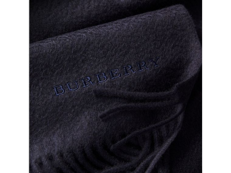 The Classic Cashmere Scarf in Navy | Burberry - cell image 4