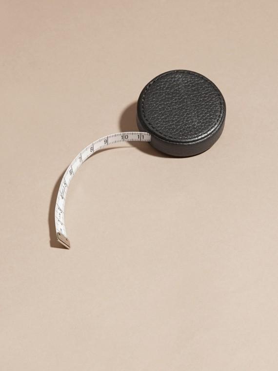 Preto Fita métrica com estojo de couro granulado - cell image 3