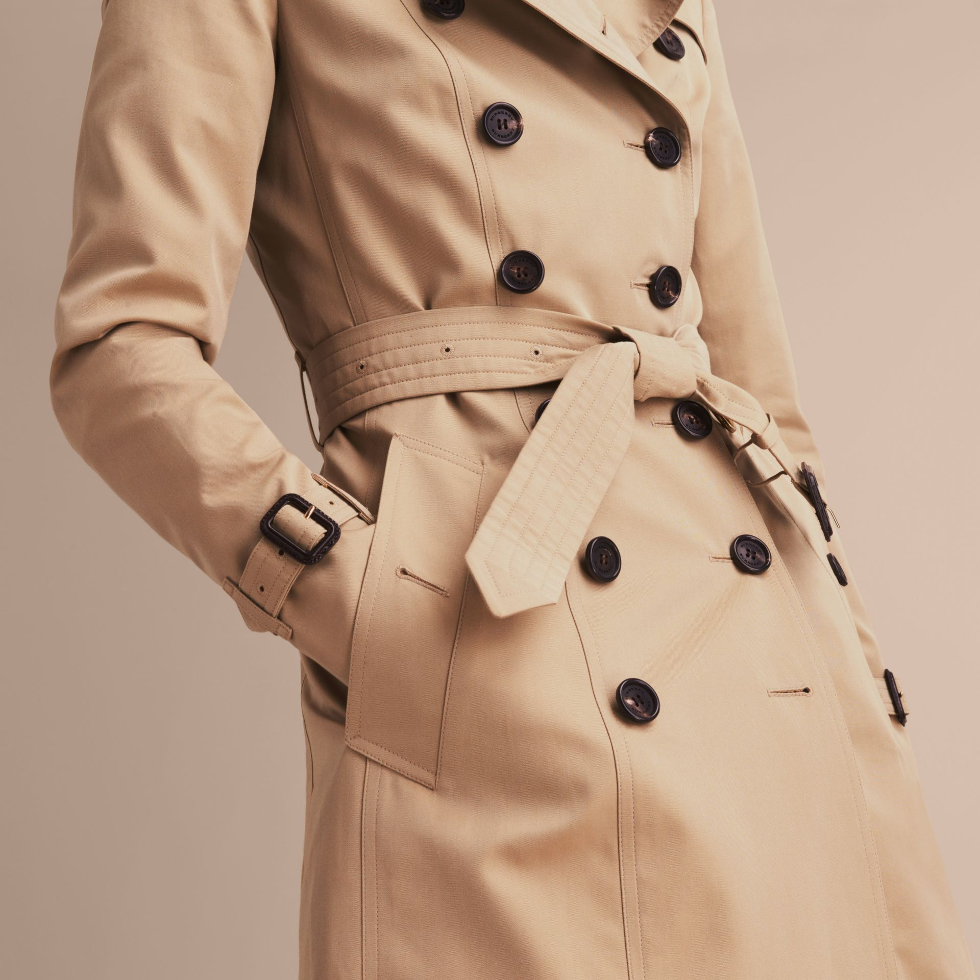 Miele The Chelsea - Trench coat Heritage medio Miele - immagine della galleria 7
