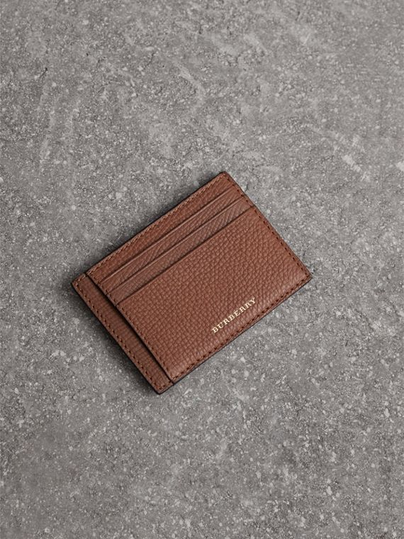 House Check and Leather Money Clip Card Case in Chestnut Brown