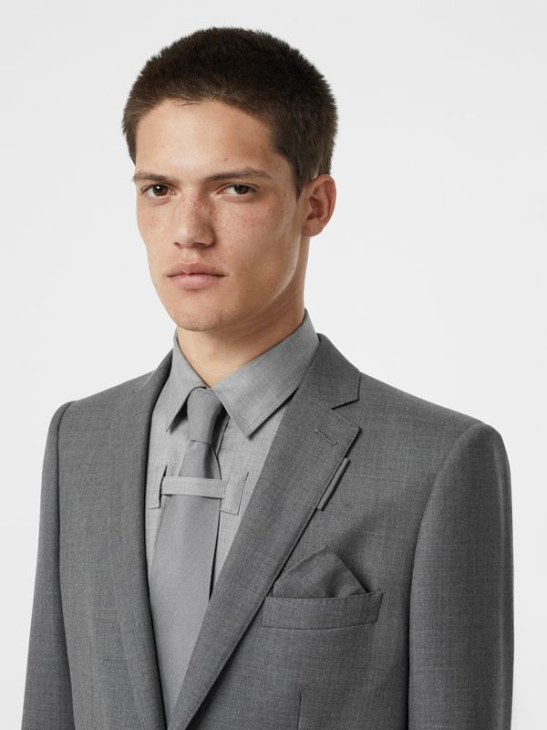 Classic Cut Silk Tie in Light Grey | Burberry United States - cell image 2