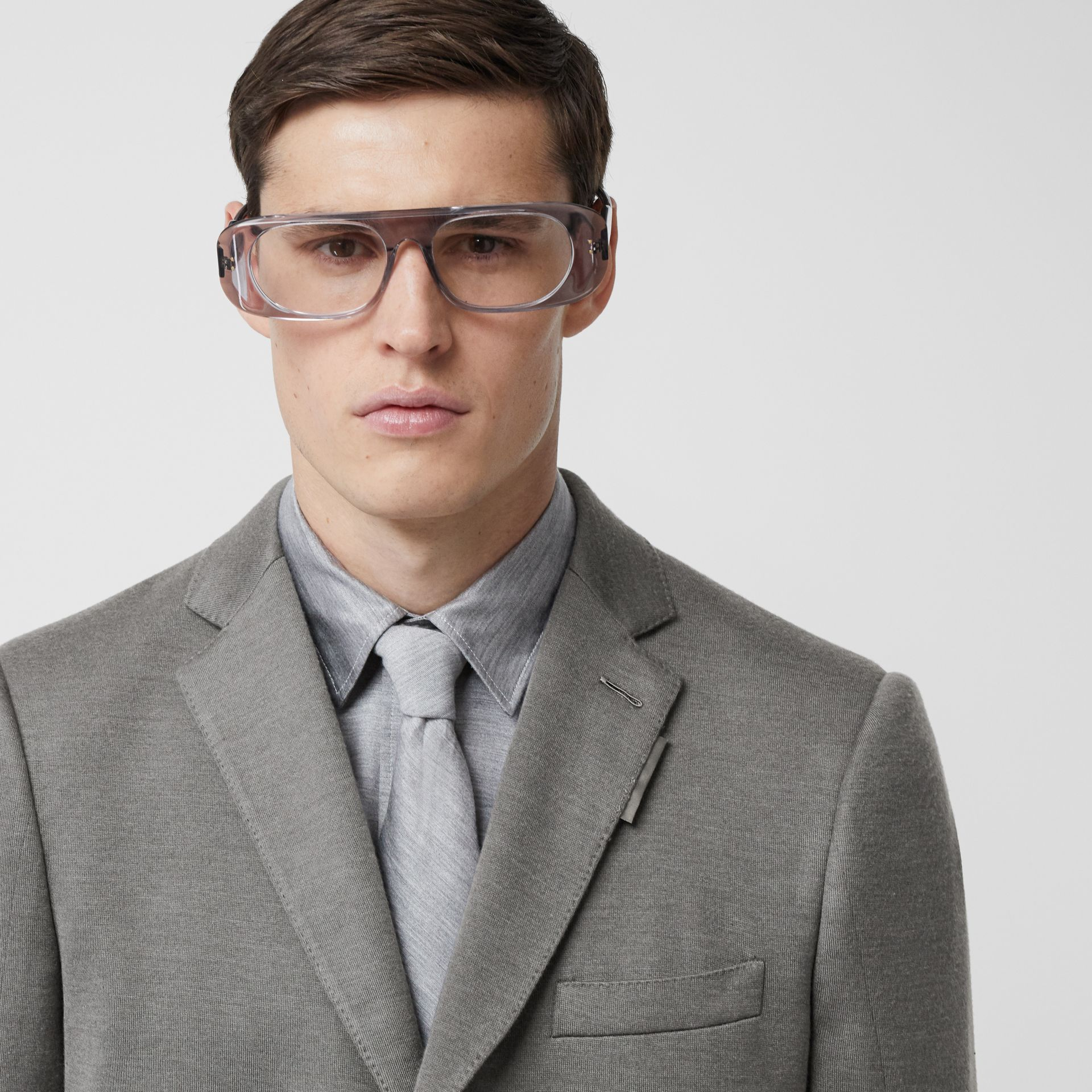 English Fit Cashmere Silk Jersey Tailored Jacket in Cloud Grey | Burberry United Kingdom - gallery image 1
