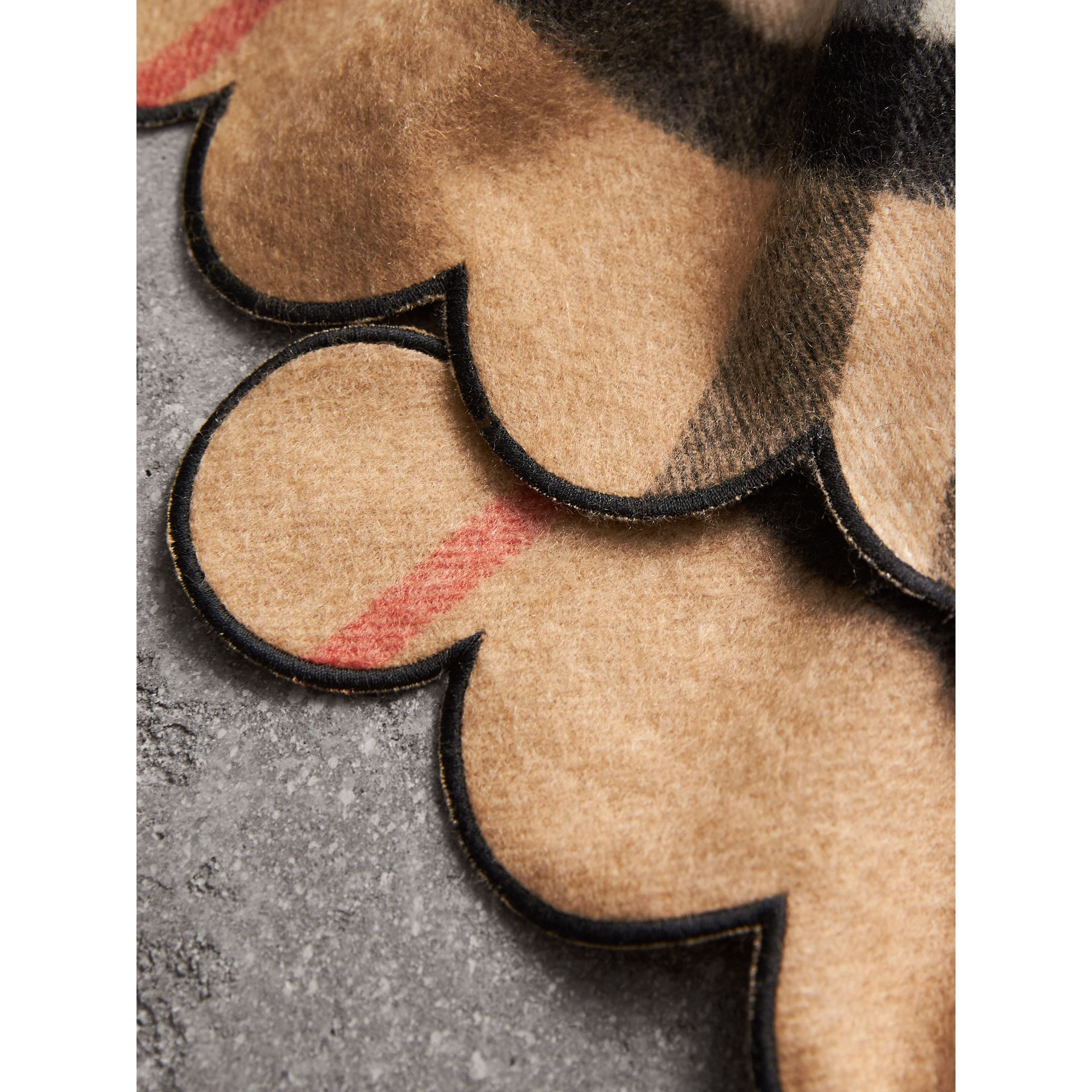 Scalloped Check Cashmere Scarf in Camel - Women | Burberry - gallery image 1