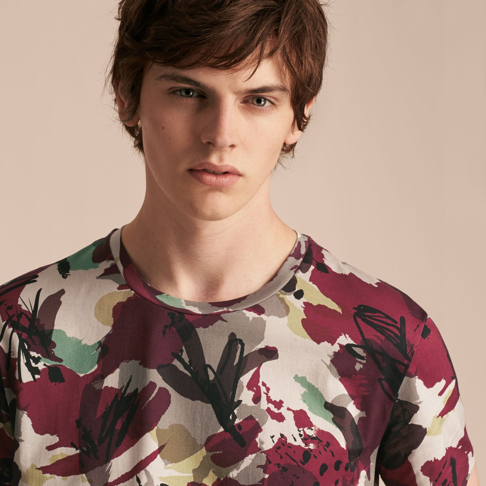 Parade red Abstract Floral Print Cotton T-shirt - gallery image 5