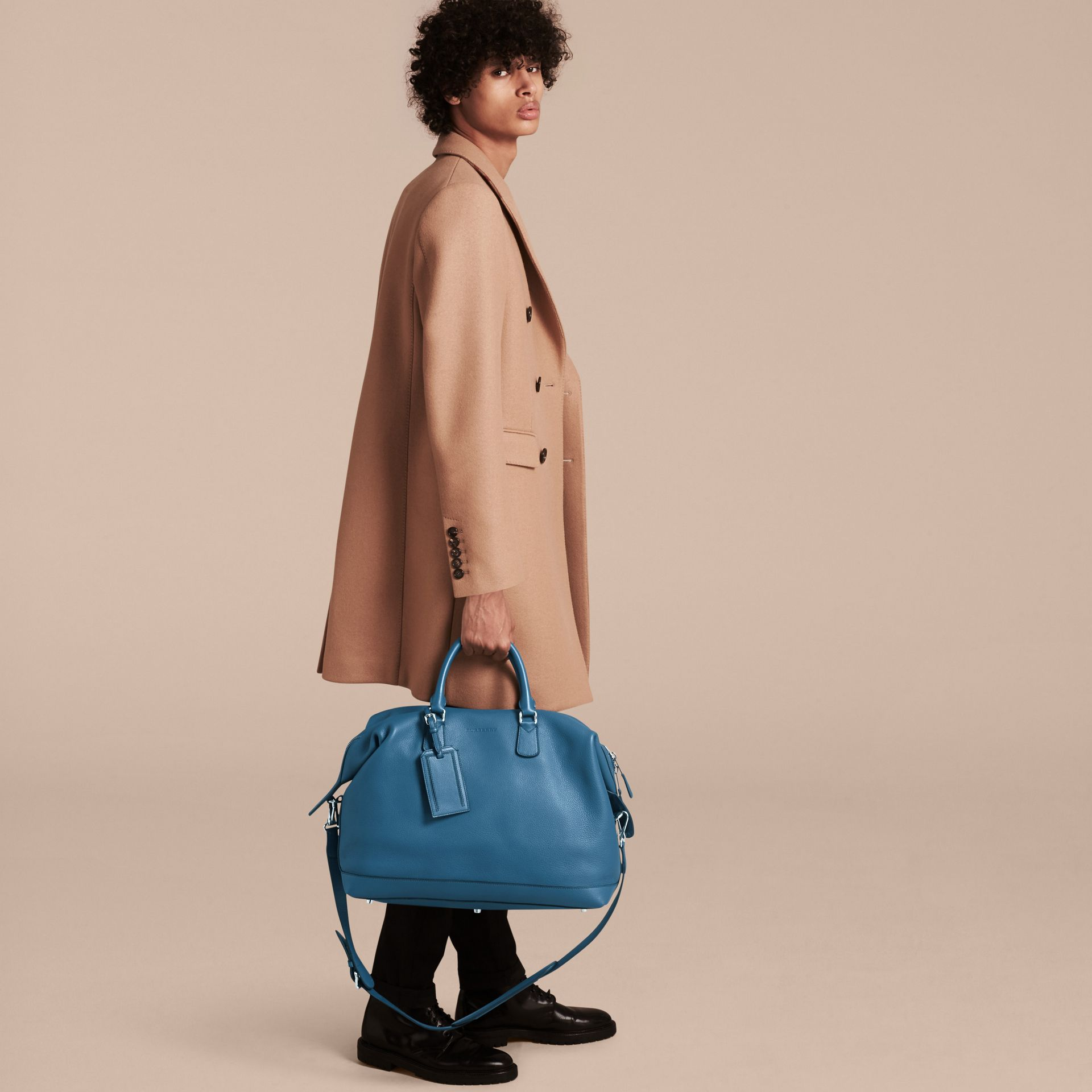 Mineral blue Grainy Leather Holdall Mineral Blue - gallery image 3