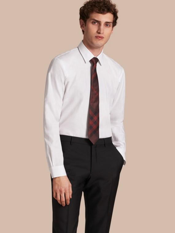 Rosso violetto intenso Cravatta dal taglio moderno in seta con motivo check Rosso Violetto Intenso - cell image 2