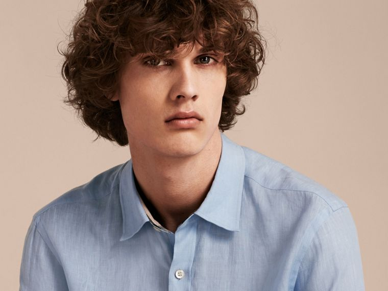 Check Detail Linen Shirt in Pale Blue - Men | Burberry - cell image 4