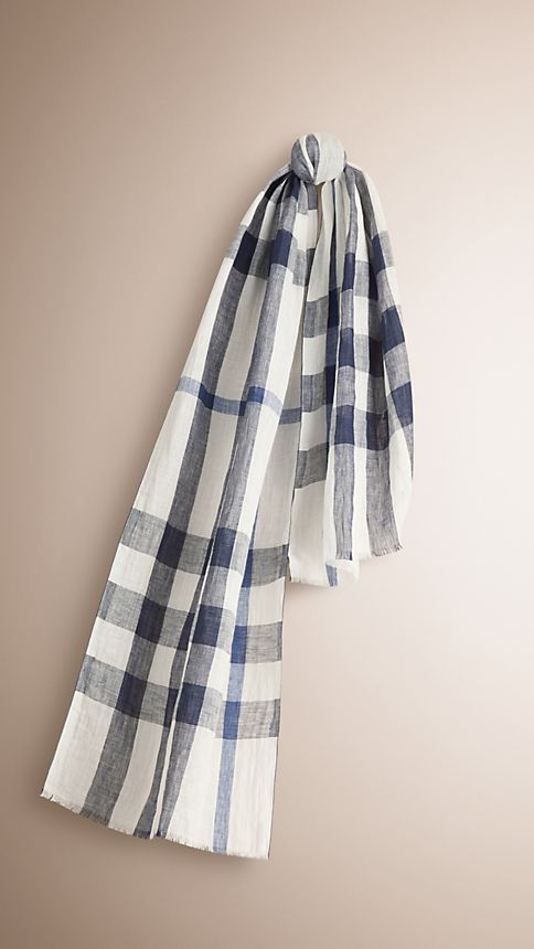 Chalk white check Check Linen Crinkled Scarf Chalk White - Image 1