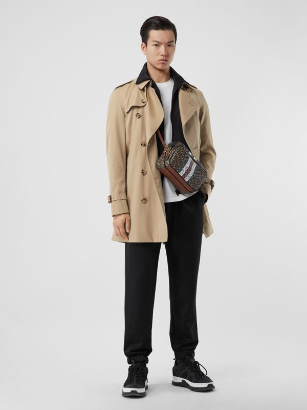 The Short Wimbledon Trench Coat in Honey - Men | Burberry United Kingdom - cell image 2