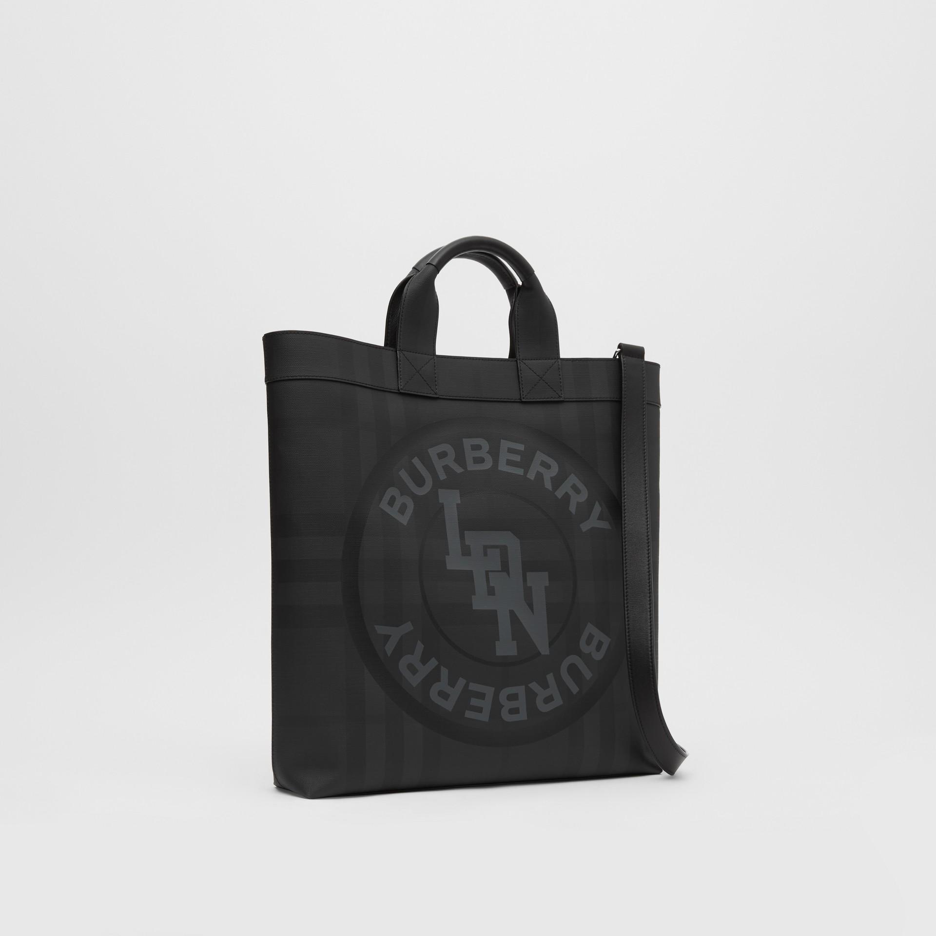 Henkeltasche aus London Check-Gewebe mit Logo-Grafik (Dunkles Anthrazitfarben) - Herren | Burberry - Galerie-Bild 8
