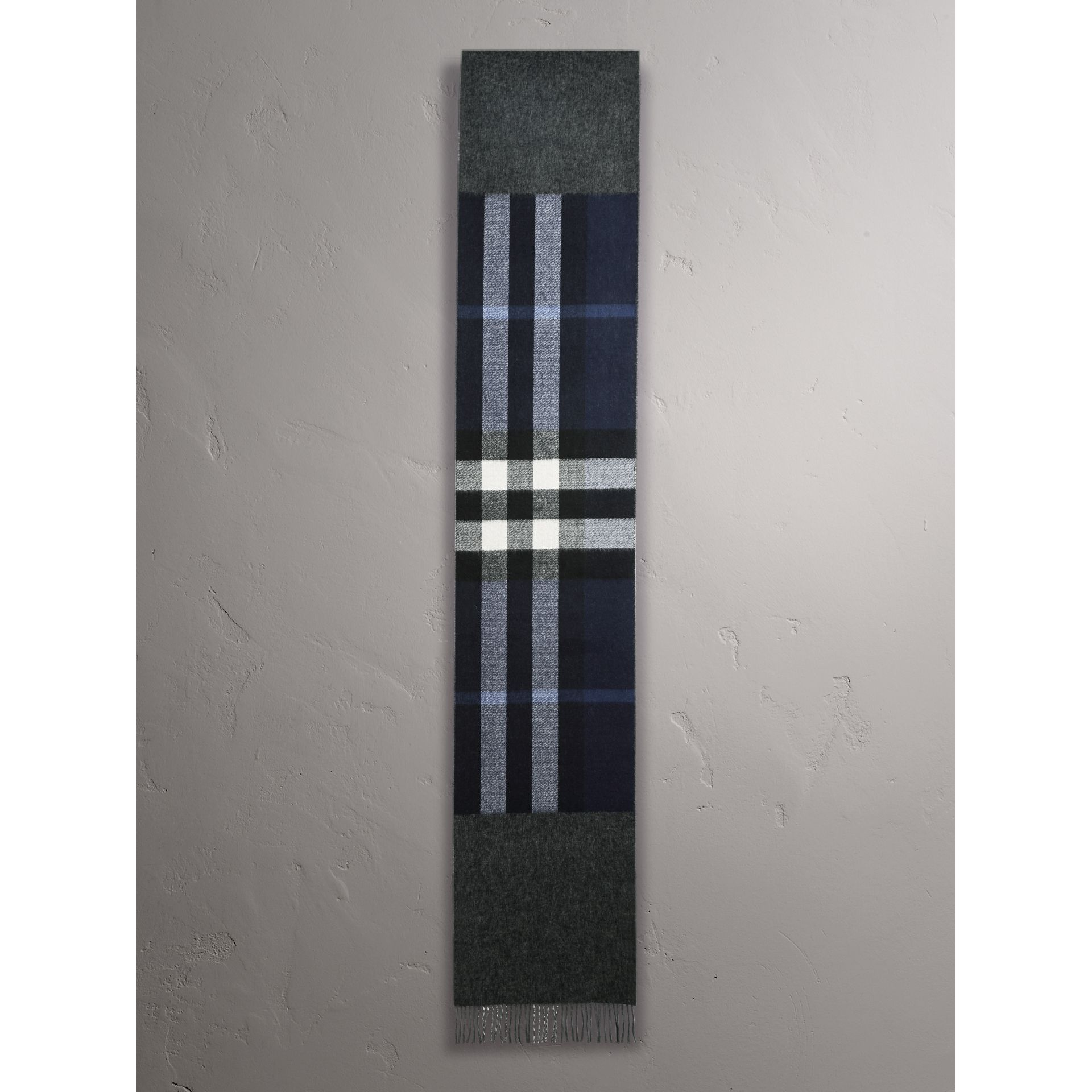 Reversible Check and Melange Cashmere Scarf in Indigo | Burberry - gallery image 2