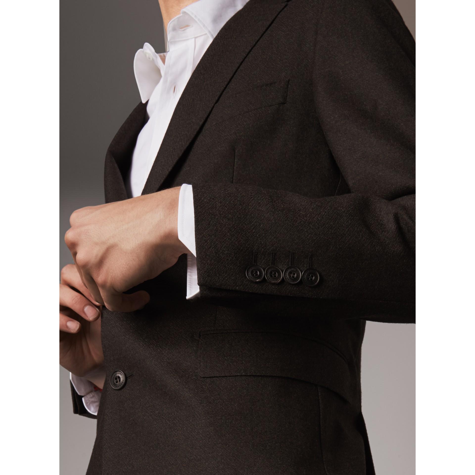 Traje de corte Soho en franela de lana (Mezcla  Ver Militar) - Hombre | Burberry - imagen de la galería 1
