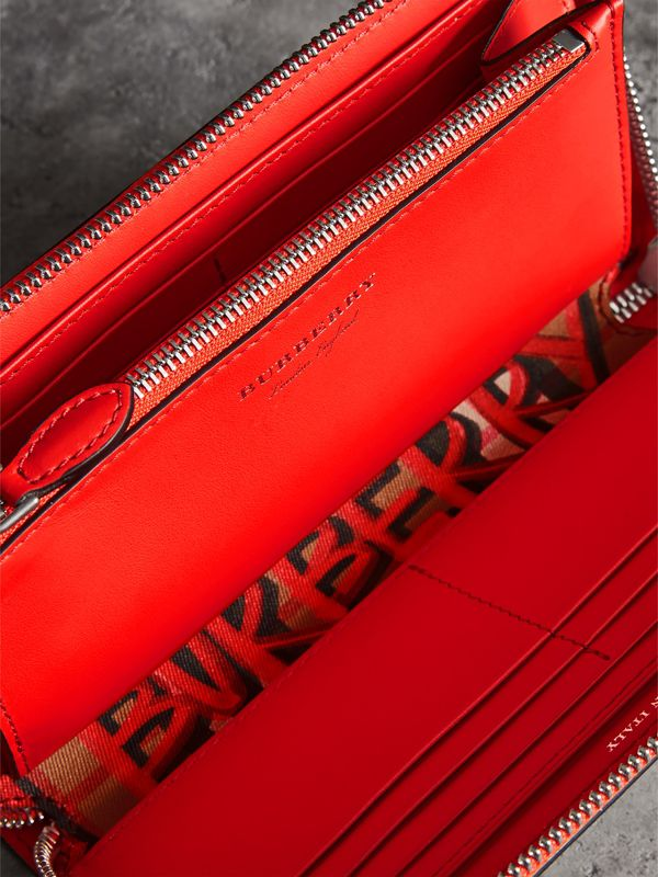 Graffiti Print Vintage Check Leather Ziparound Wallet in Red - Women | Burberry - cell image 3