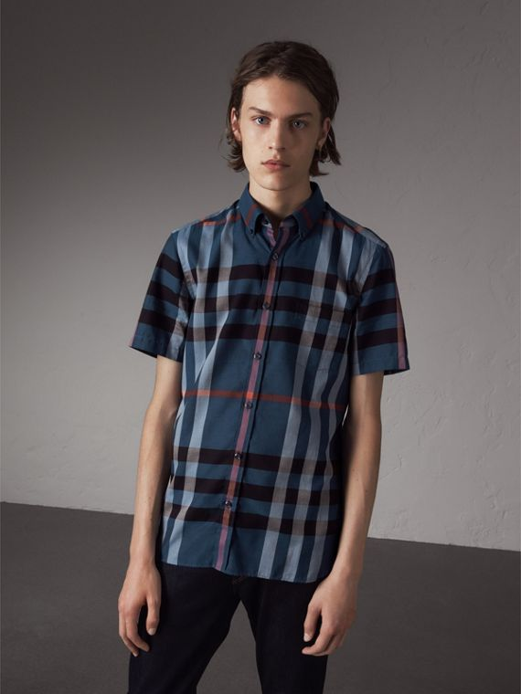 Button-down Collar Short-sleeve Check Cotton Shirt in Ink Blue - Men | Burberry Singapore