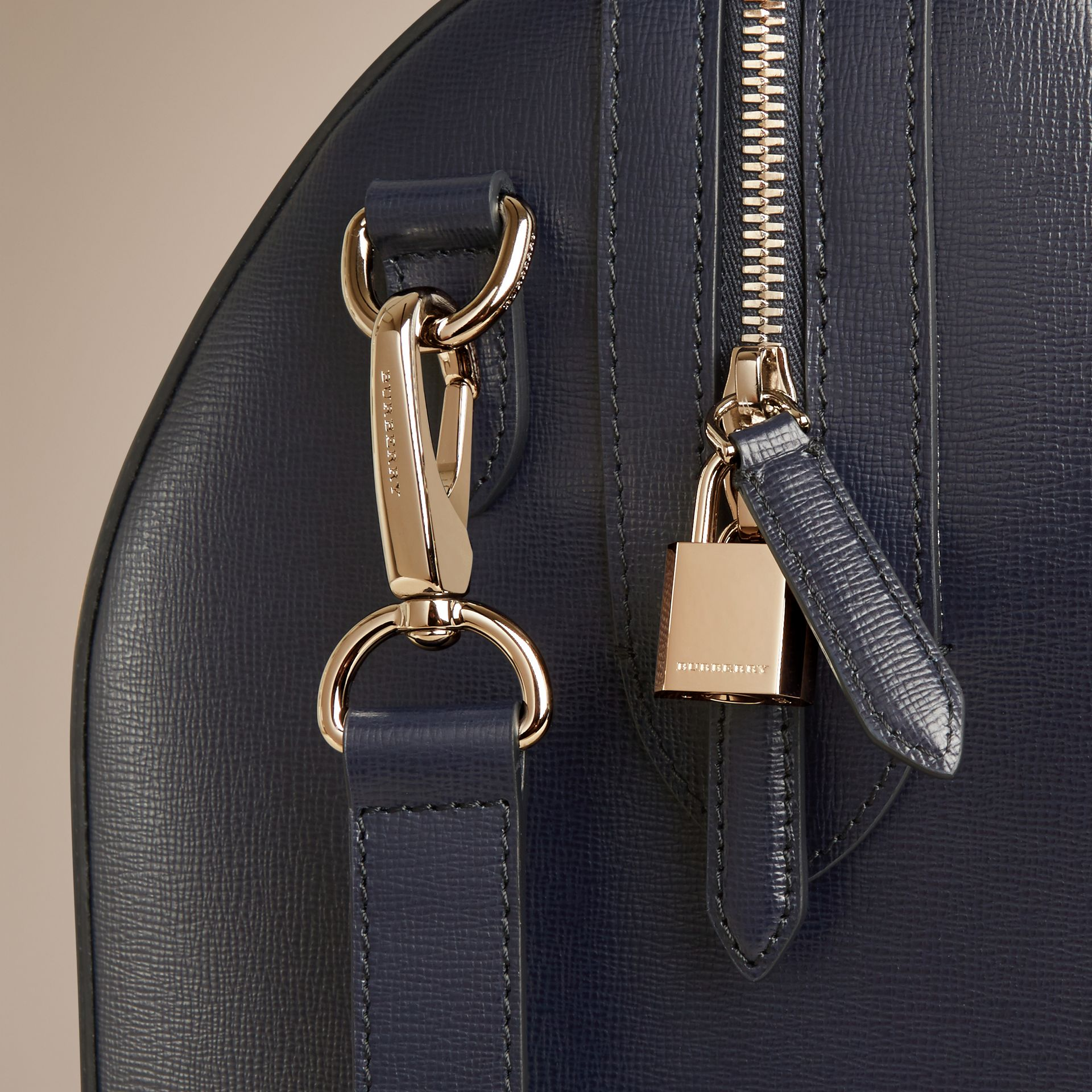 Dark navy London Leather Holdall Dark Navy - gallery image 2