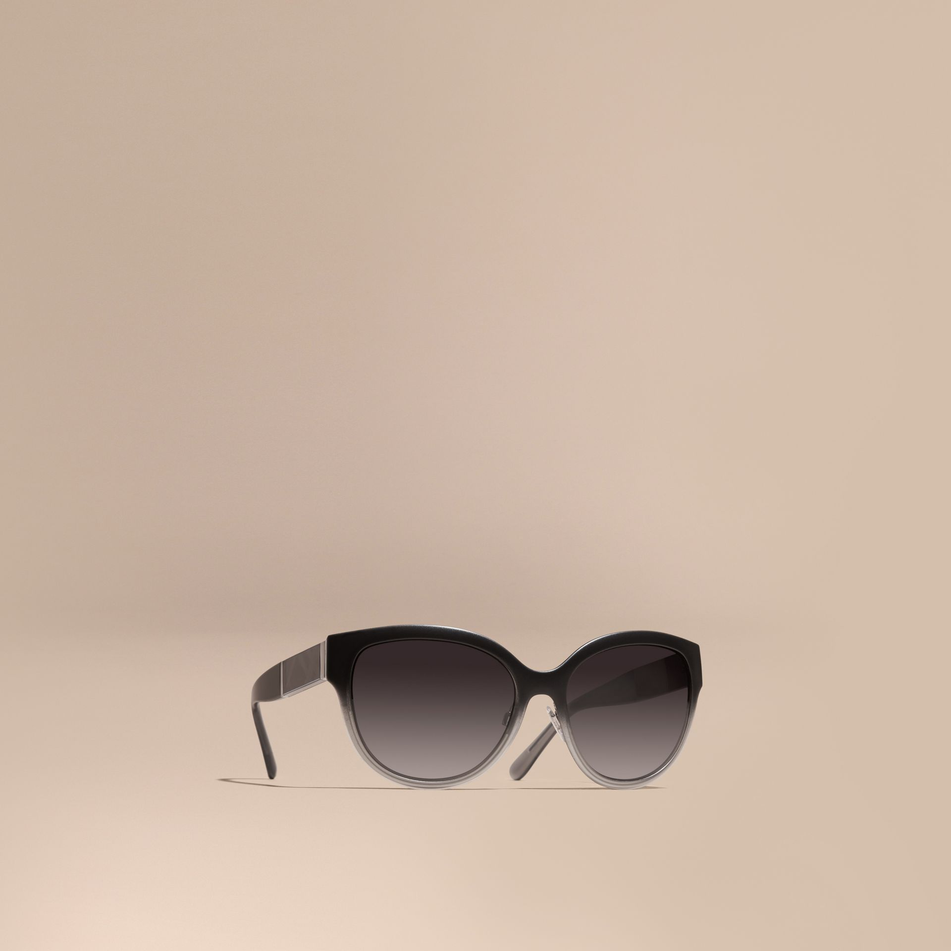 Black Check Detail Round Cat-eye Sunglasses Black - gallery image 1
