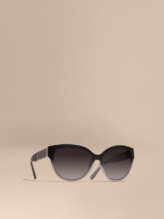 Check Detail Round Cat-eye Sunglasses Black