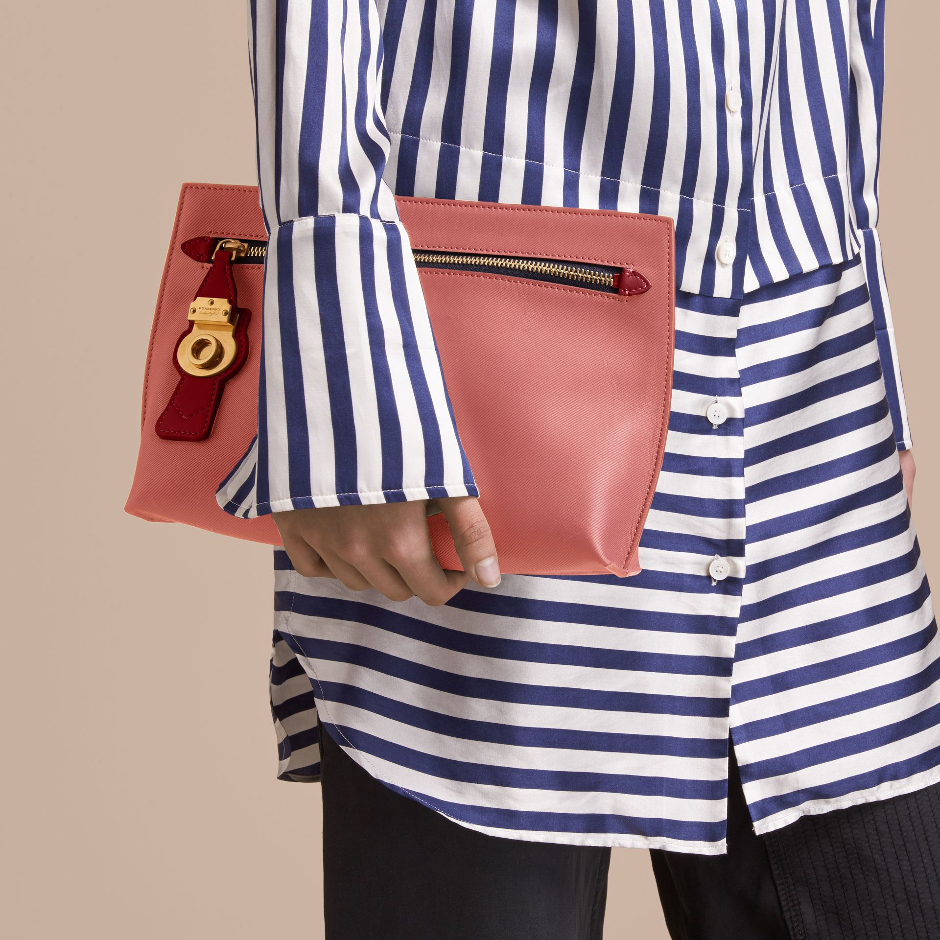 Two-tone Trench Leather Wristlet Pouch Blossom Pink/antique Red - gallery image 3