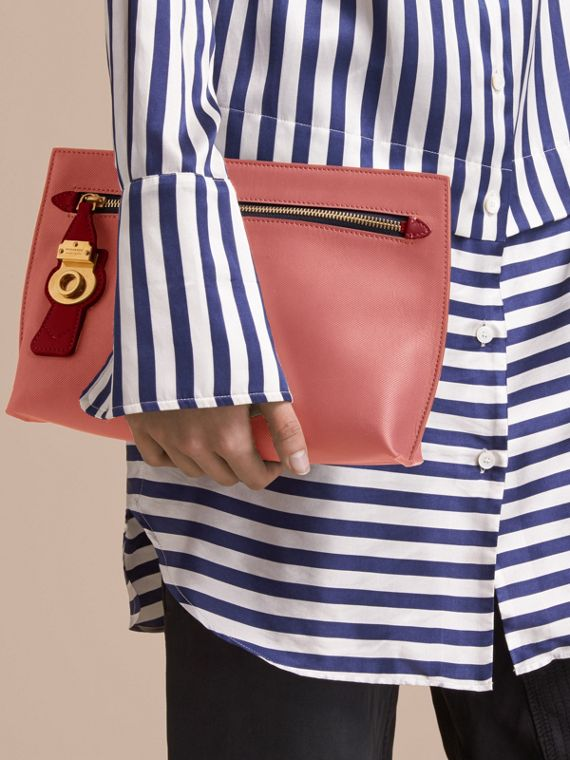 Two-tone Trench Leather Wristlet Pouch Blossom Pink/antique Red - cell image 2