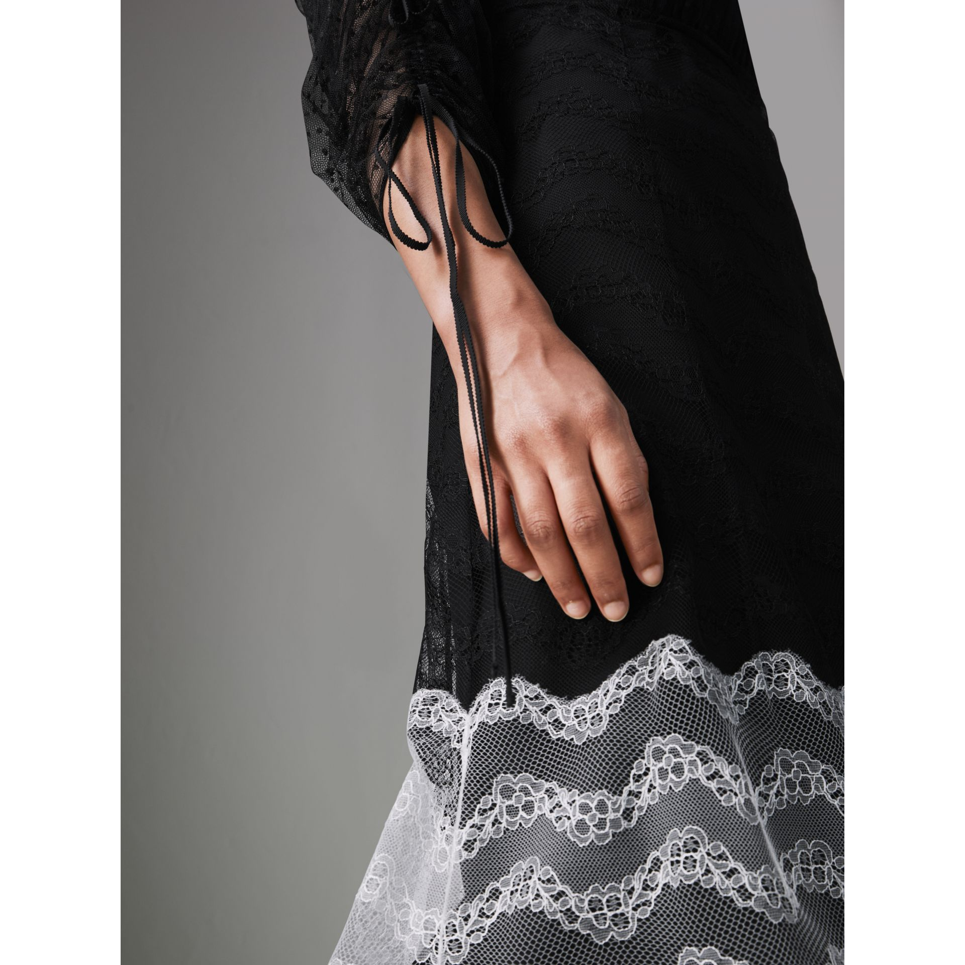Gathered-sleeve Geometric Lace Dress in Black - Women | Burberry Canada - gallery image 4