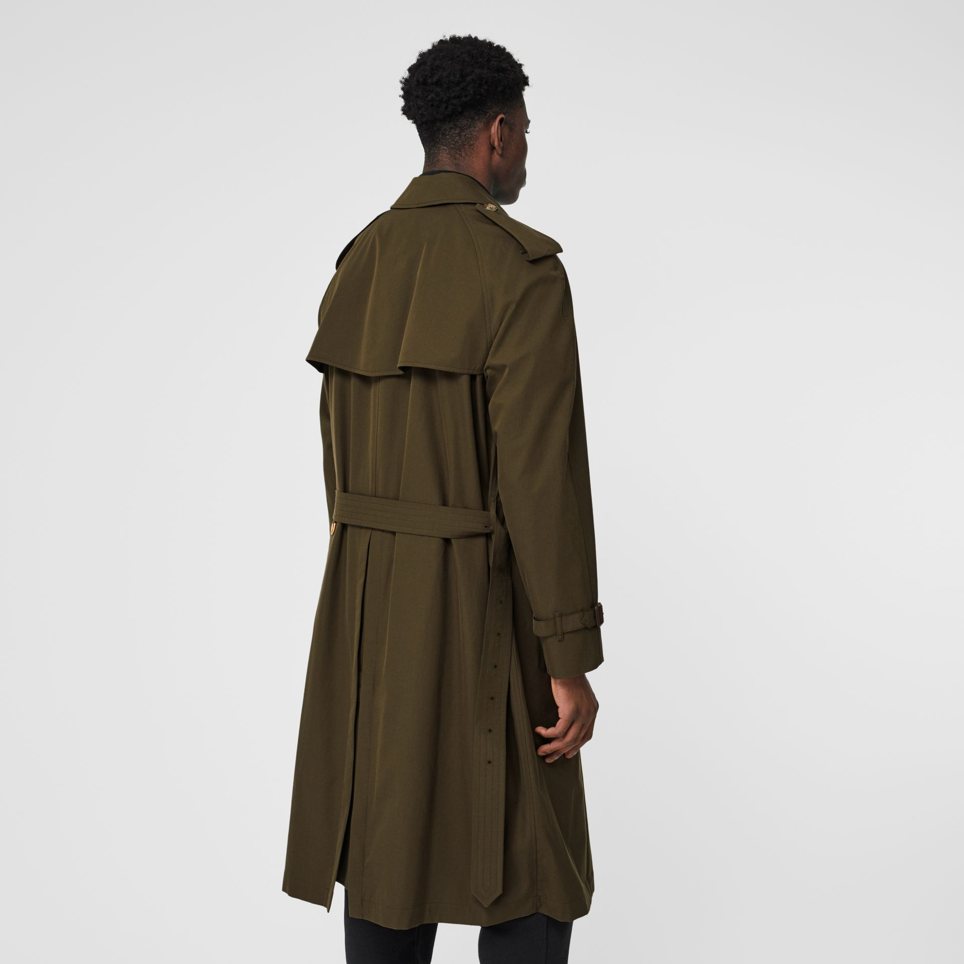 The Westminster Heritage Trench Coat in Dark Military Khaki - Men | Burberry United Kingdom - gallery image 2