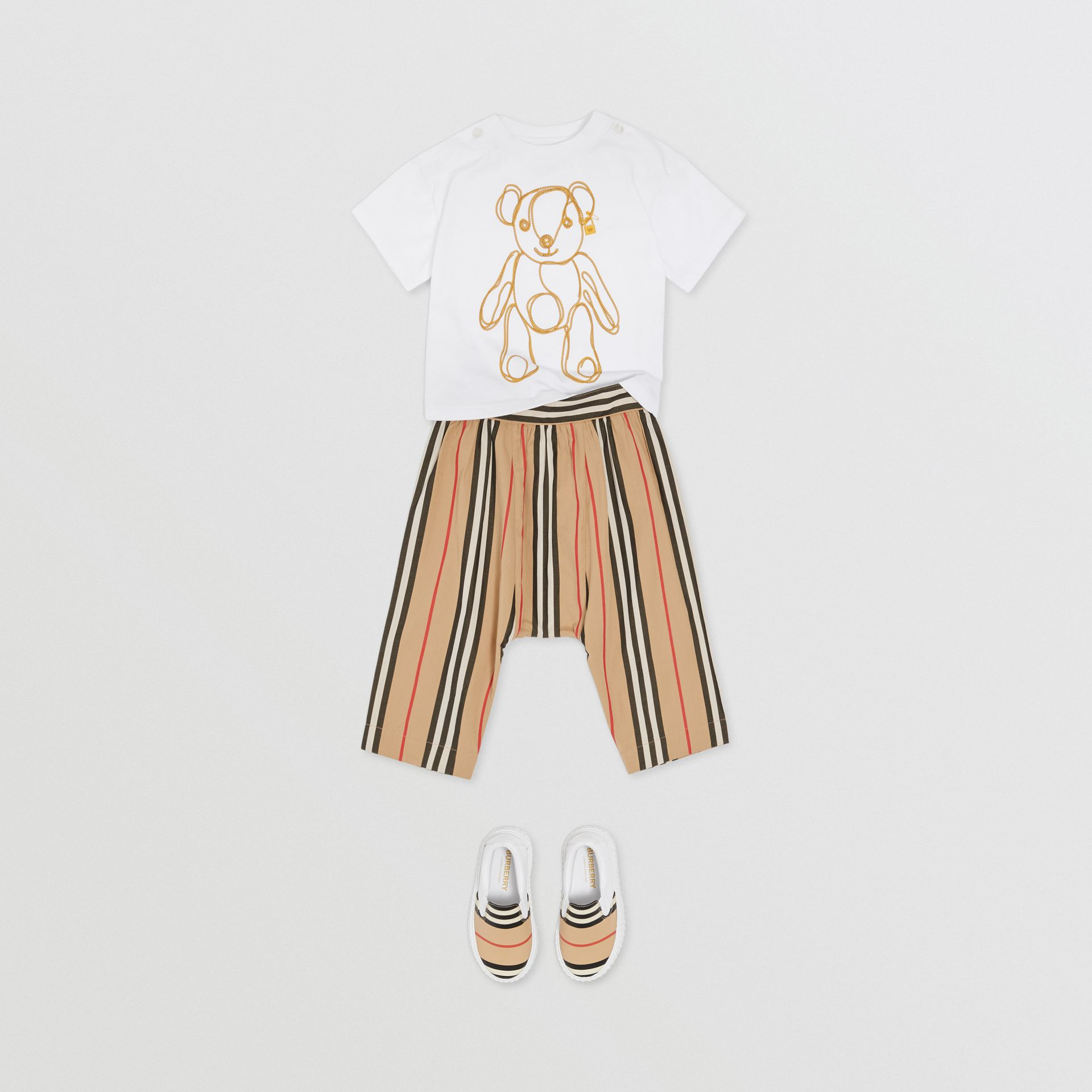 체인 프린트 코튼 티셔츠 (화이트) - 아동 | Burberry - 갤러리 이미지 2