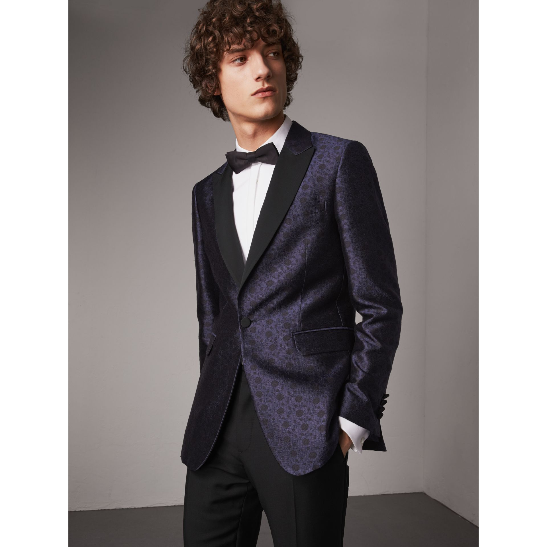 Soho Fit Silk Wool Jacquard Evening Jacket in Navy - Men | Burberry - gallery image 7