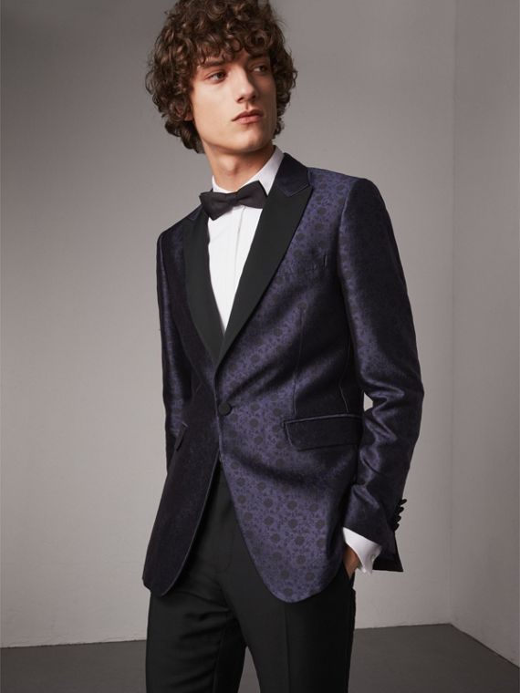 Soho Fit Silk Wool Jacquard Evening Jacket in Navy
