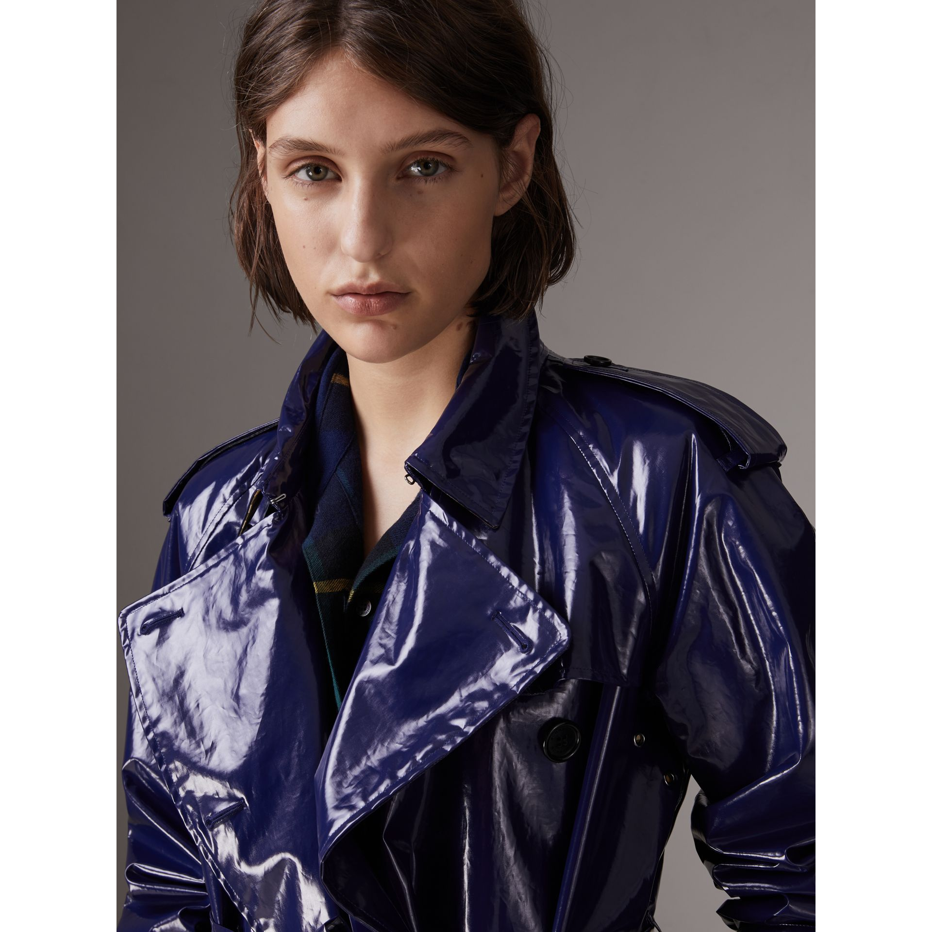 Laminated Cotton Trench Coat in Navy - Women | Burberry - gallery image 4