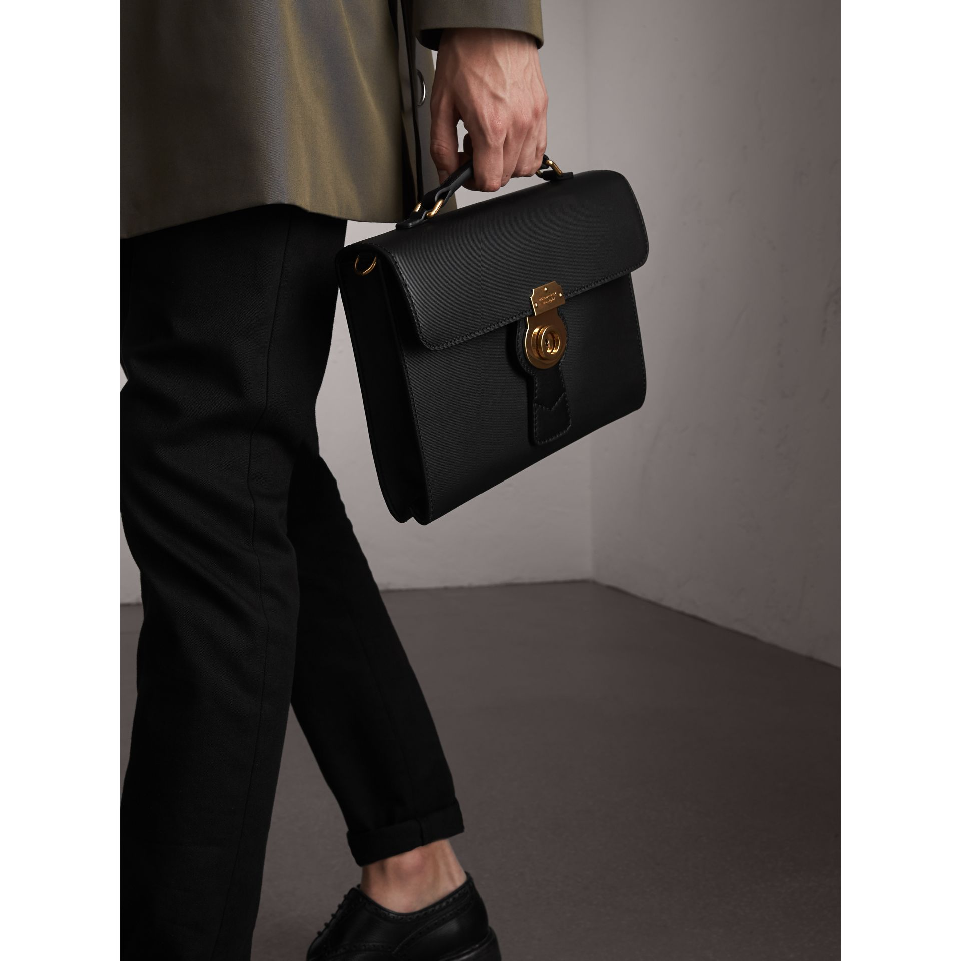 Porte-documents DK88 (Noir/noir) - Homme | Burberry - photo de la galerie 4