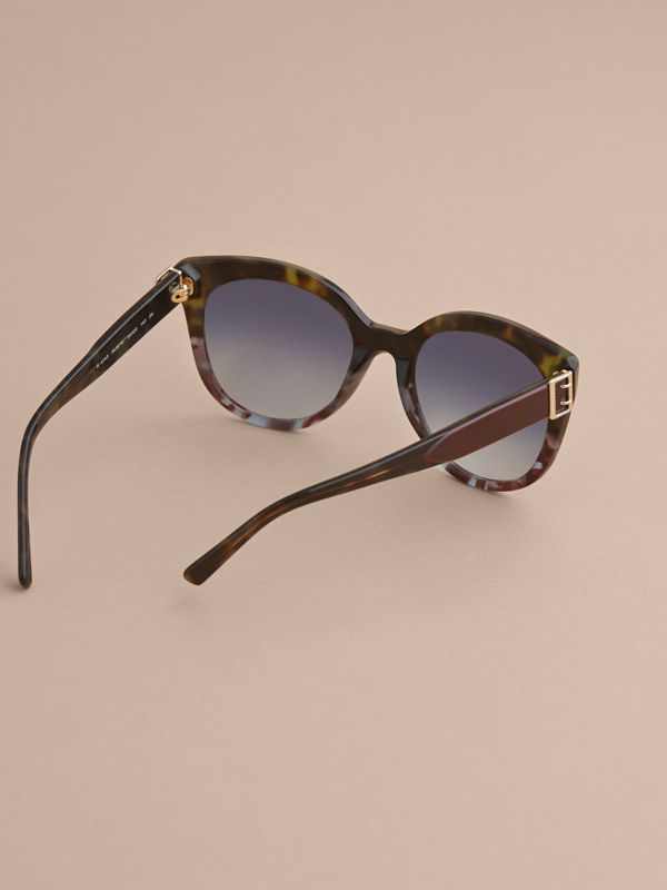 Buckle Detail Cat-eye Frame Sunglasses in Apple Green - Women | Burberry Singapore - cell image 3
