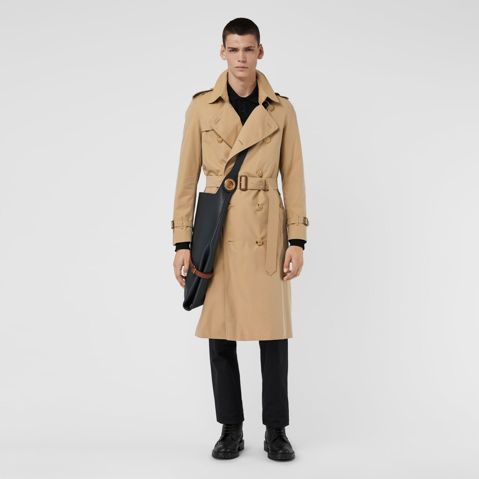 The Long Chelsea Heritage Trench Coat in Honey - Men | Burberry United Kingdom - gallery image 0