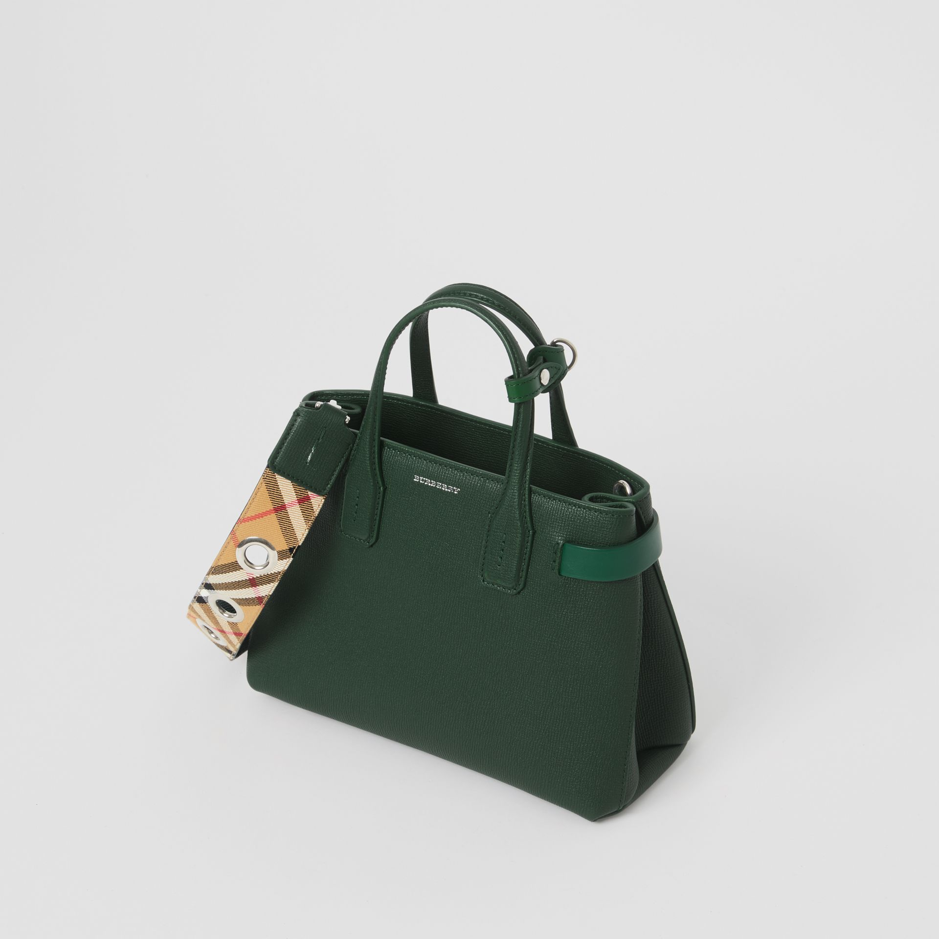 The Small Banner in Grainy Leather in Vintage Green - Women | Burberry United States - gallery image 4