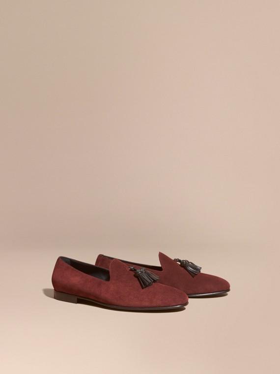 Loafers de camurça sem costuras com detalhe de borla Berinjela Escuro