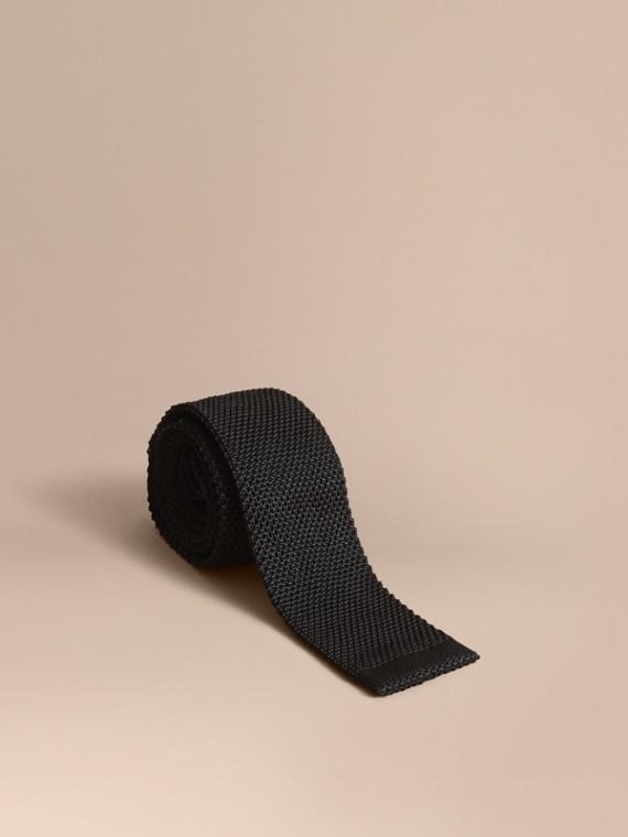 Corbata de pala estrecha en punto de seda (Negro)