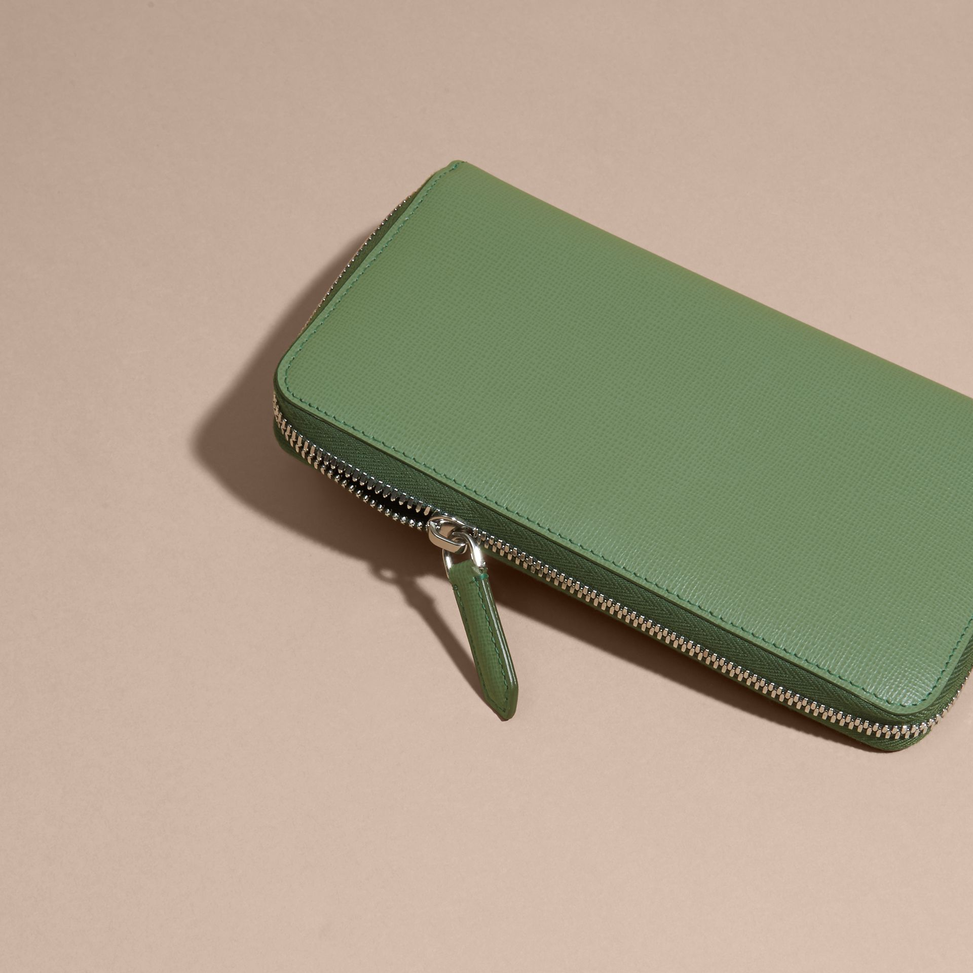 London Leather Ziparound Wallet in Antique Green - gallery image 2