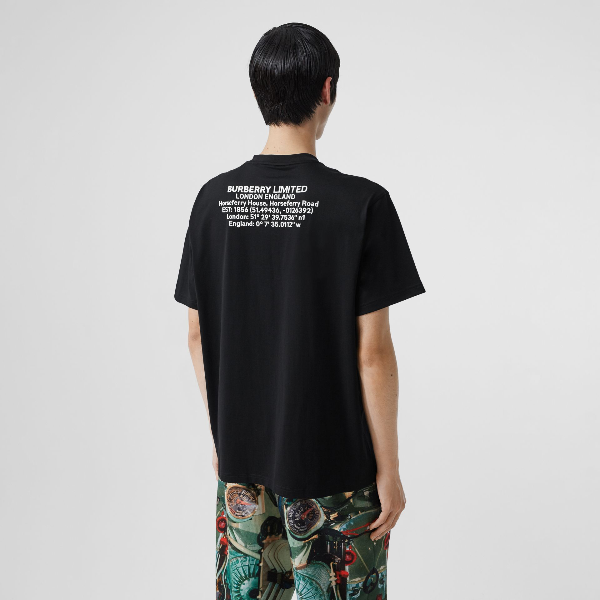 Location Print Cotton Oversized T-shirt in Black - Men | Burberry - gallery image 2